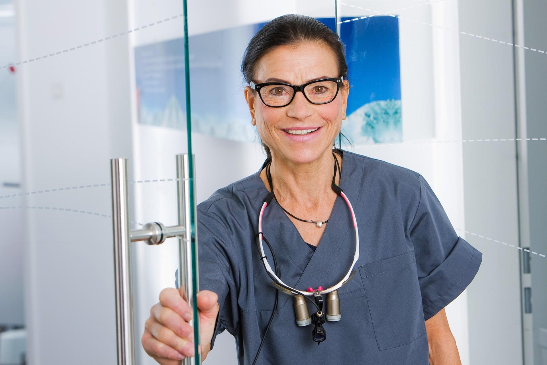 Zahnärztin der Zahnärtzlichen Praxisklinik Herne (Wanne-Eickel) - Frau Dr. Wiedemann