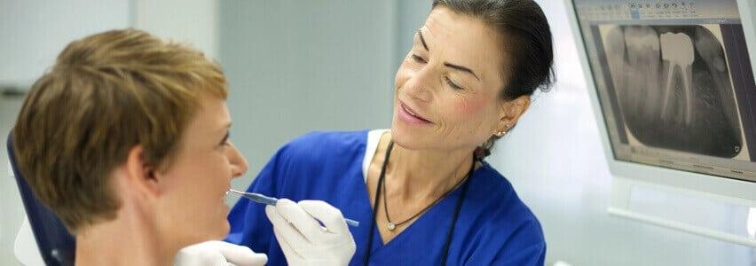 Zahnmedizin in der Zahnklinik: von Ästhetik bis Zahnimplantat