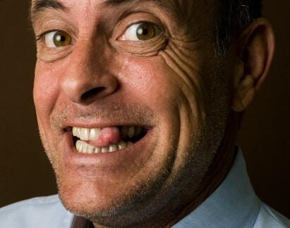 Implantat Vorteile Wohlbefinden Lächeln