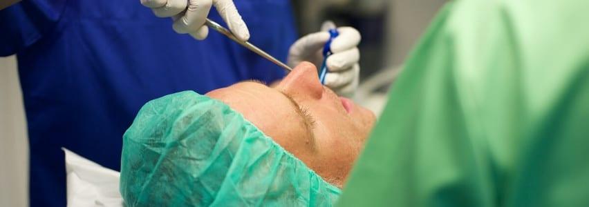 Zahn OP - Zähne operativ entfernen
