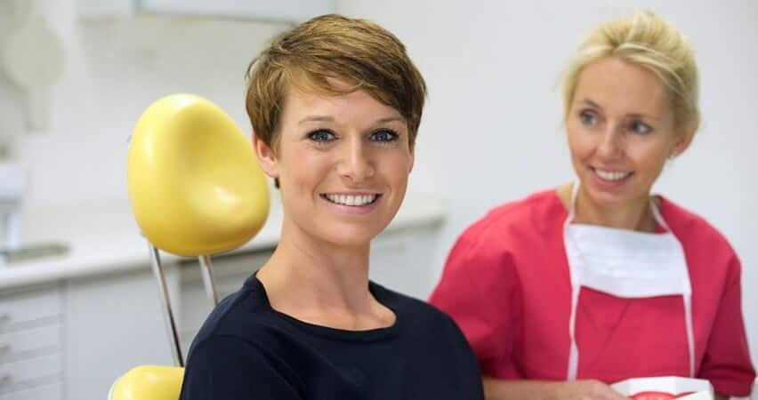 Zahnchirurgie und Zahnästhetik Bochum