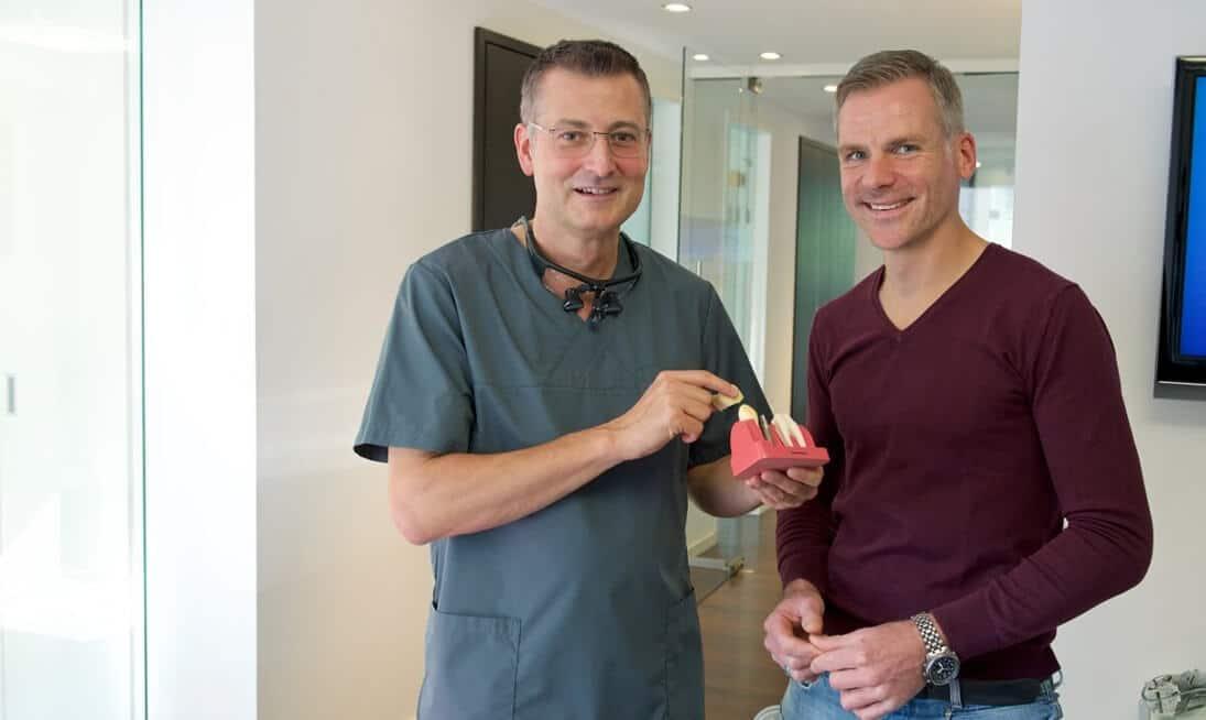 Spezialisierter Implantologe für Zahnersatz und Zahnimplantate in Herne